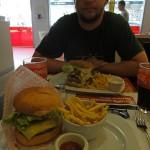 lecker Andi mit Burger